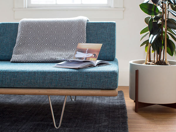 Modern Icons: The Case Study Daybed - houzz.com